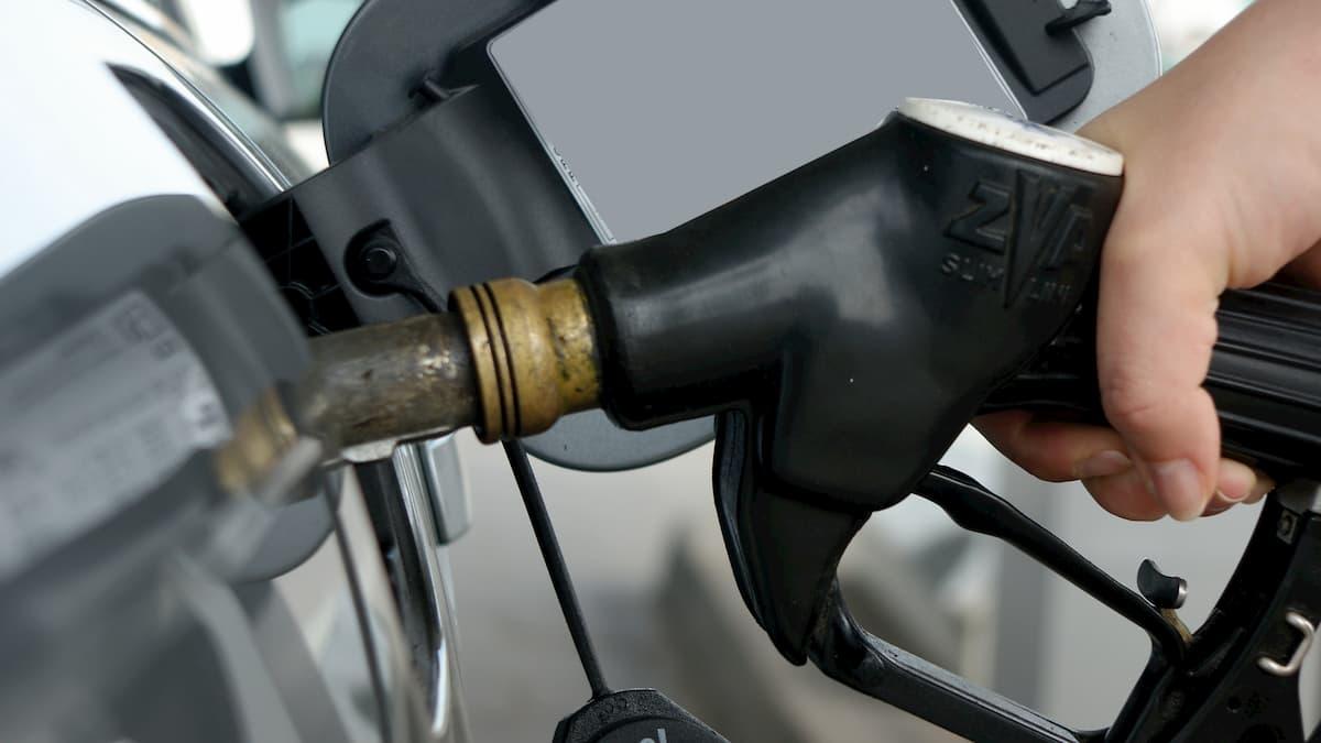 Additivo benzina, come usarlo? 35