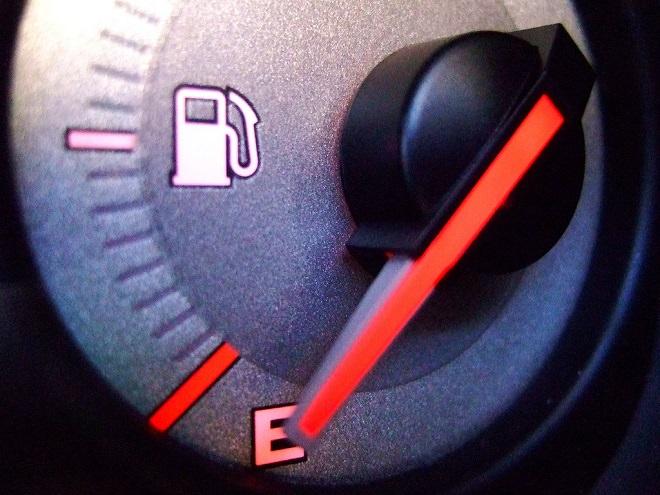 Quali sono le cause di un consumo eccessivo di benzina in auto?