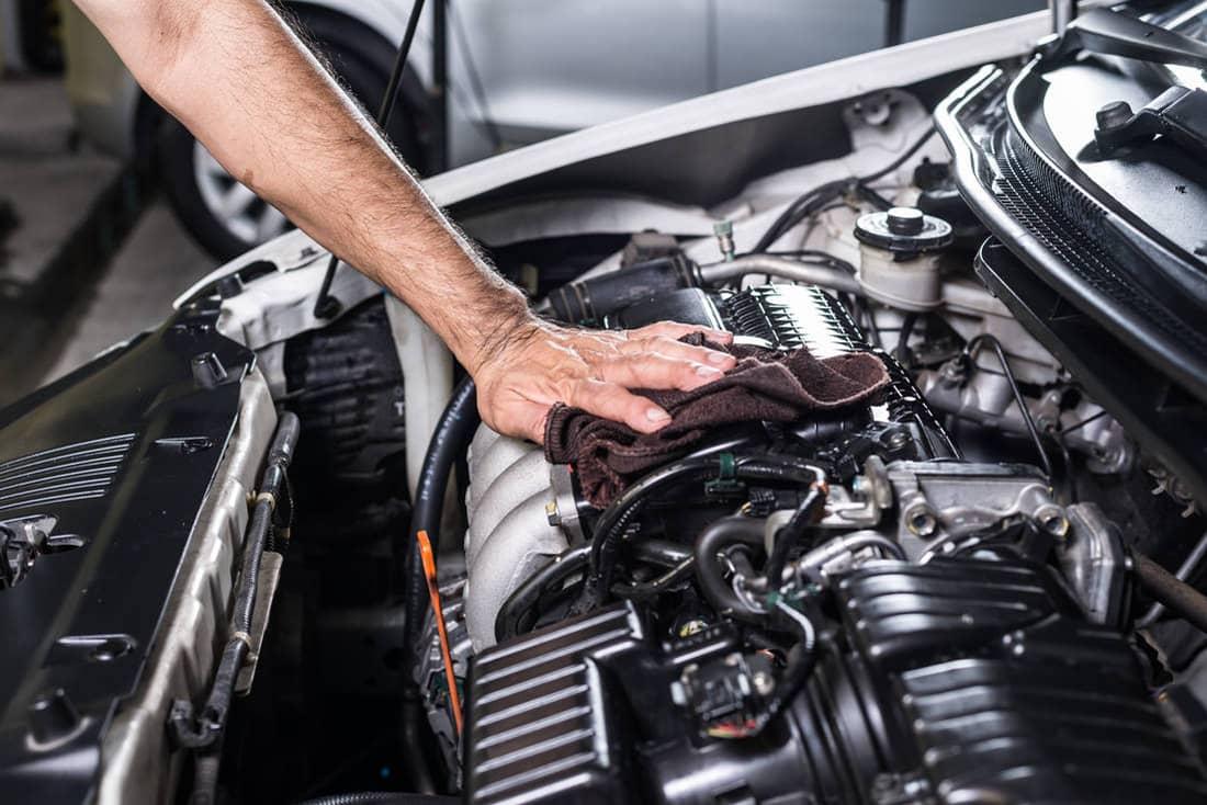 Quali sono i sintomi del filtro dell'aria del motore sporco 19