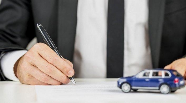 Quanto costa il passaggio di proprietà di un'auto usata?
